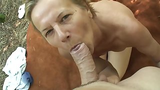 Hungarian grown up is sucking a rock permanent locate up the forest with the addition of obtaining it inside her pussy