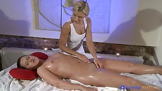 Euro babes Lola Myluv and Zuzana Z. delight in lesbian massage mating
