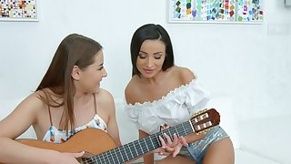 Pulchritudinous teen lesbians are keen be fitting of a private oral together